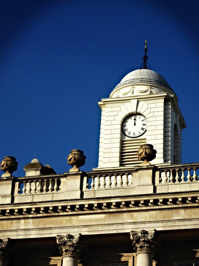 Somerset Noon, Лондон
