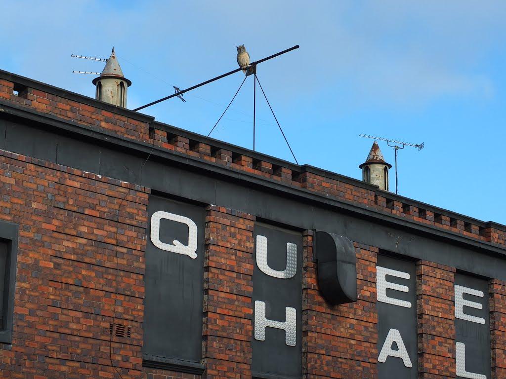 The Queens Hall building Roof line High Street, Nuneaton, Нунитон