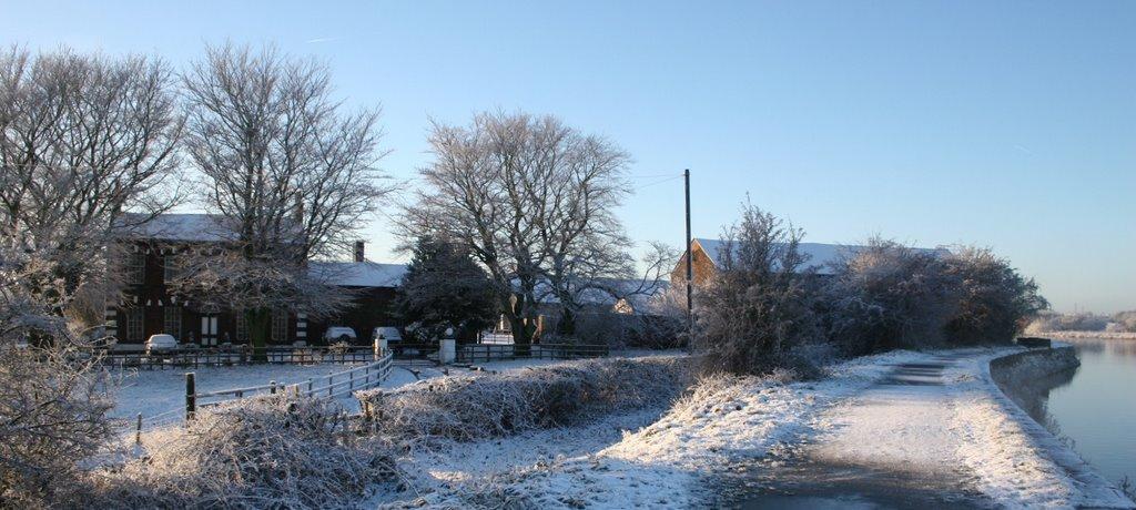 Radcliffe Old Hall farm, Elton Reservoir,  near Bury, Радклифф