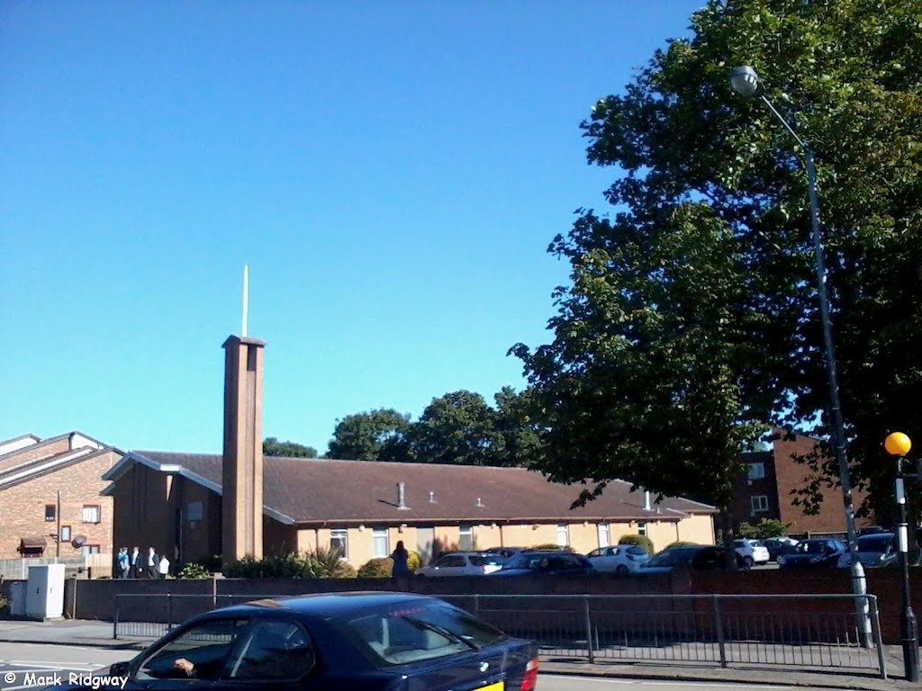 The LDS Church, Staines, Стайнс