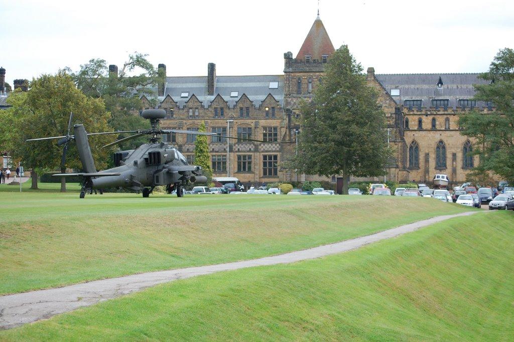 Apache, Tonbridge School, Тонбридж