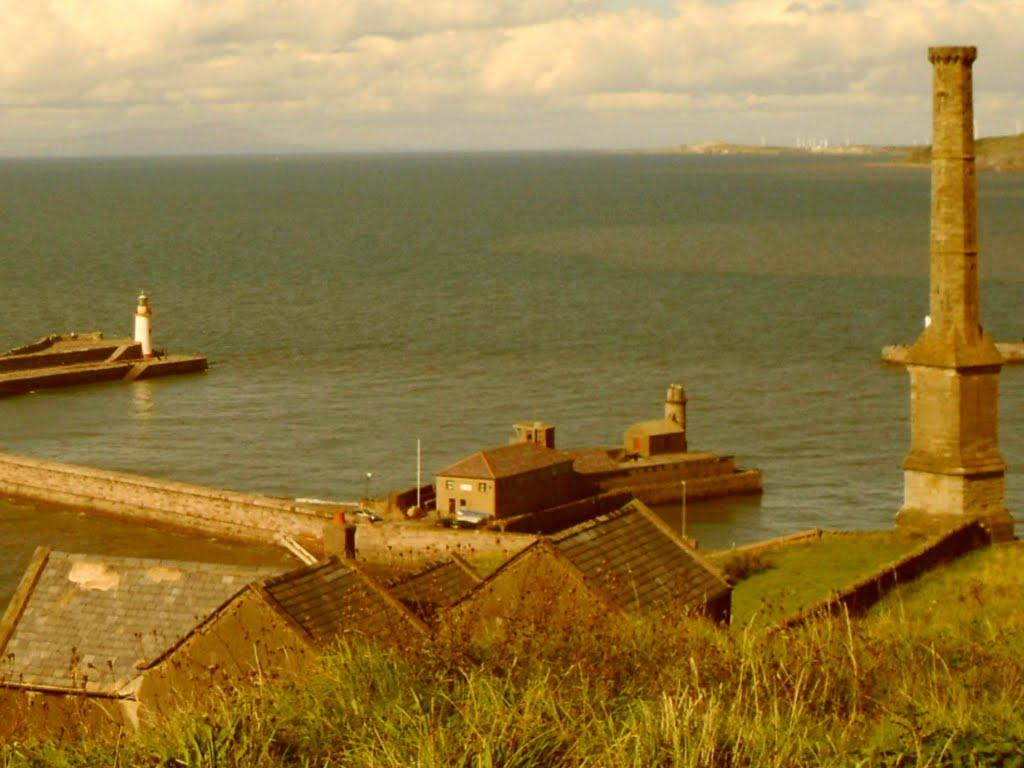 Whitehaven Harbour looking towards Scotland., Уайтхейен