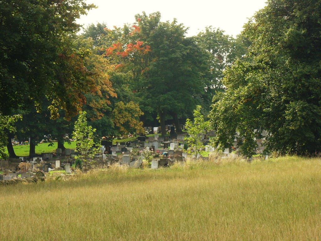Looking towards Ecclesfield Cemetery, Sheffield S35, Чапелтаун