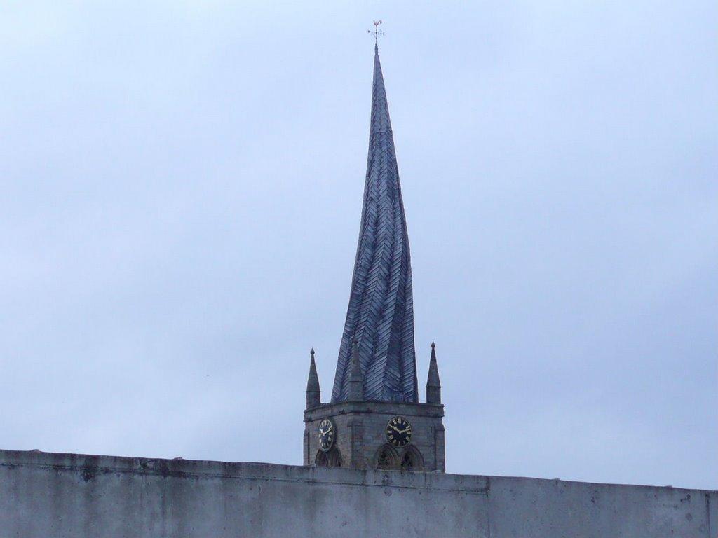 Chesterfield Parish Church Spire from car park roof, Честерфилд