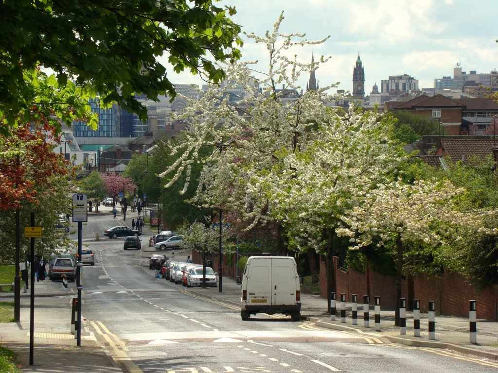 Looking down Ellesmere Road, Burngreave towards the city centre, Sheffield S4/S1, Шеффилд