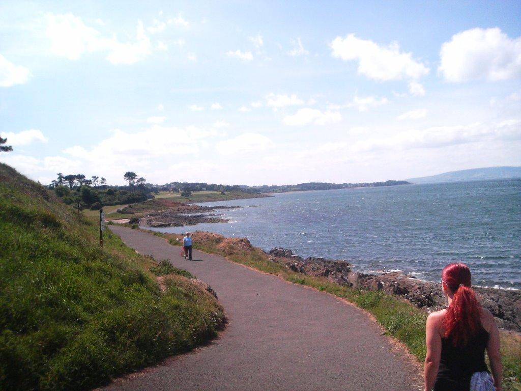 promenade from bangor to Helens bay, Бангор