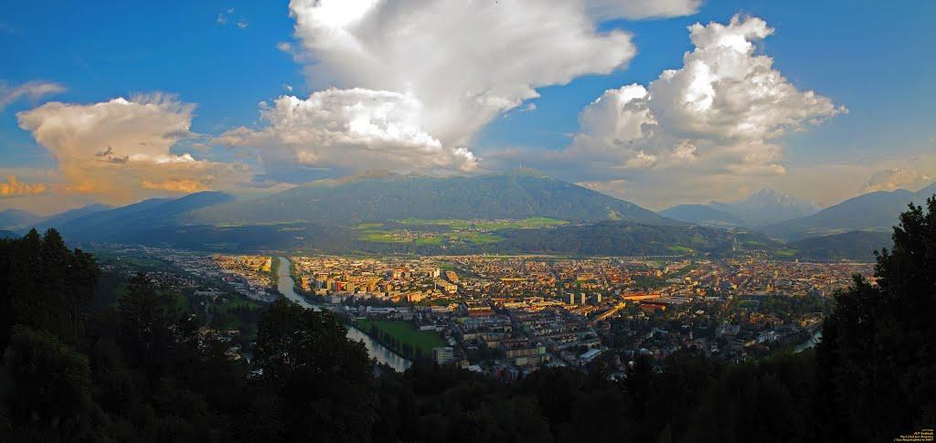 AUT Innsbruck City & [Inn] from Hungerburg (Neuer Hungerburgbahn) Panorama by KWOT, Инсбрук