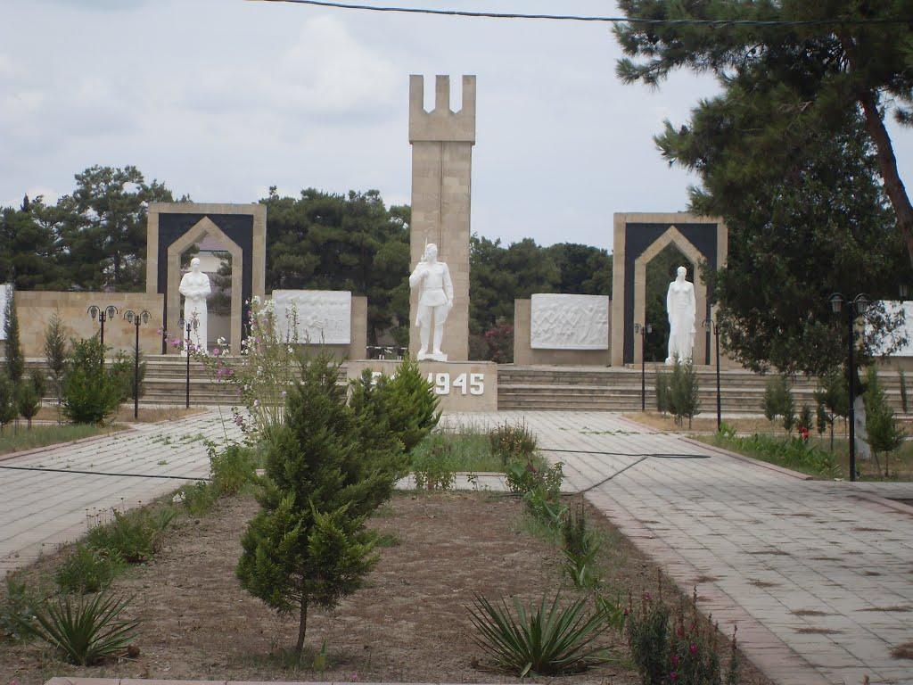 Böyük Vətən Müharibəsi Xatirə Abidəsi (Мемориал великой отечественной войны), Нефтечала