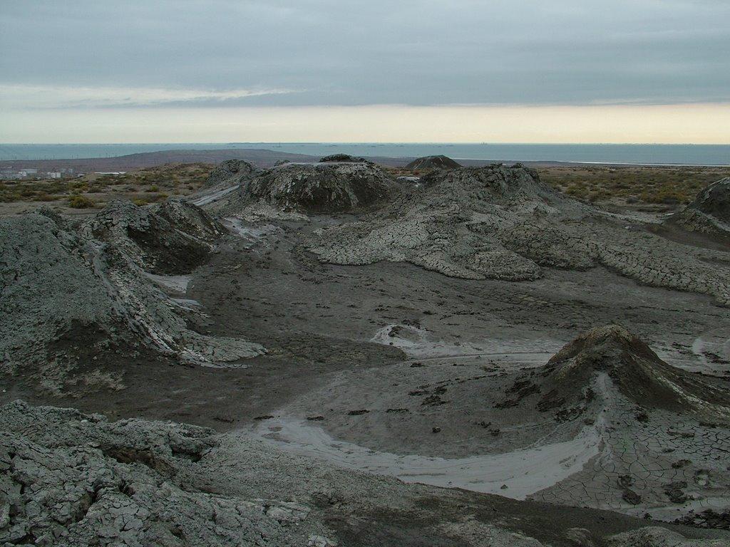 Mud volcano near Qobustan, Биласувар