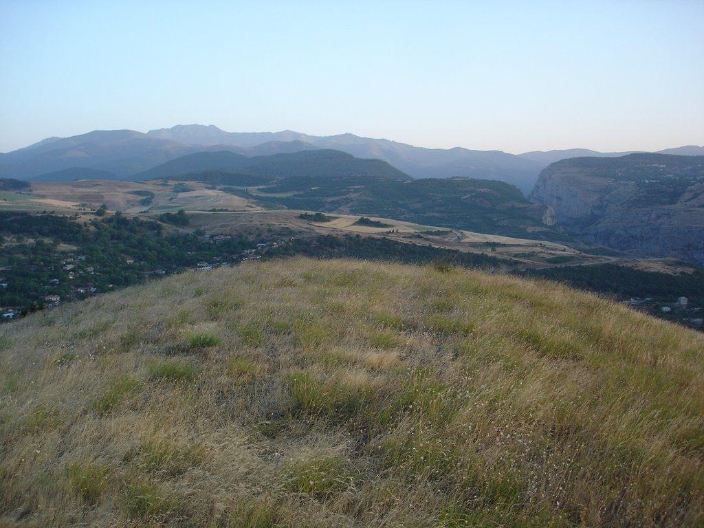 Вид на Село Шош и город Шушу, Арцах, Артем-Остров