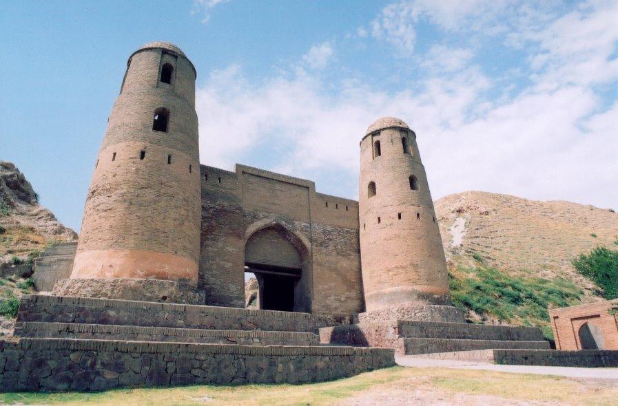 Гиссарская крепость / Hisor castle, Дангара