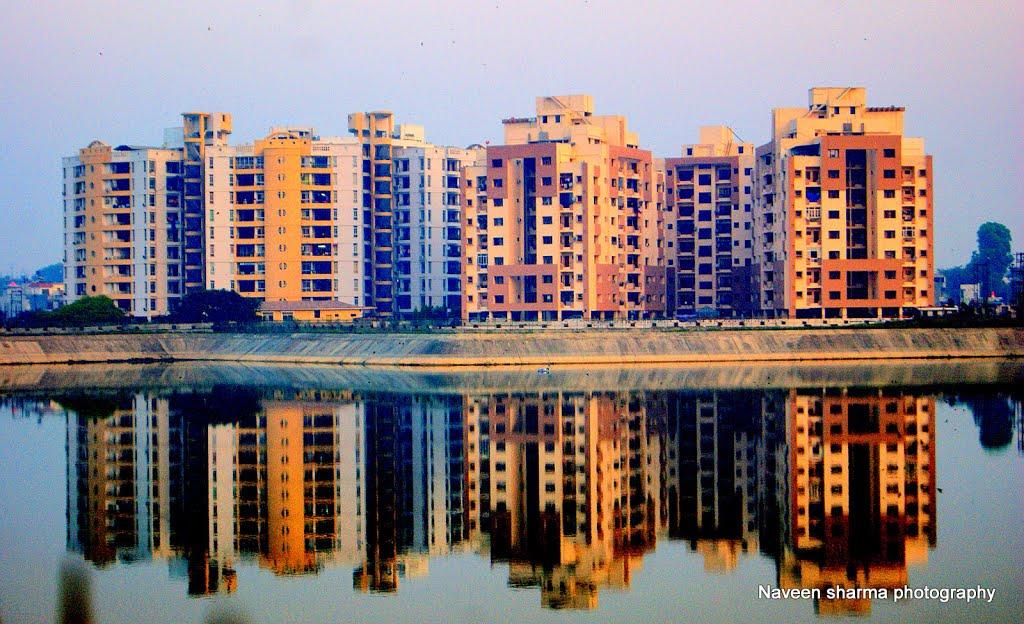 Residential complexes KATHOUTA LAKE,gomtinagar, Кара-Кала