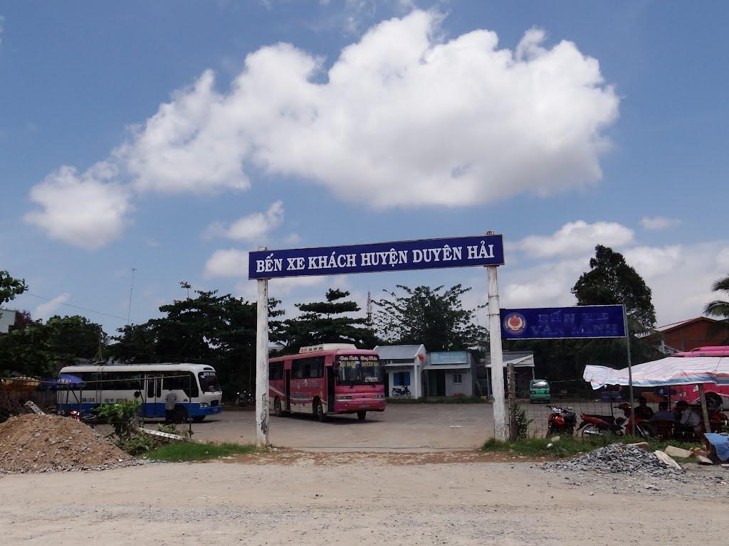 Bến xe khách huyện Duyên Hải, Пхан-Тхит