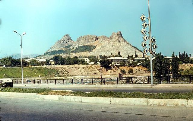 холм Тахта-и-Сулейман, Алтынкуль