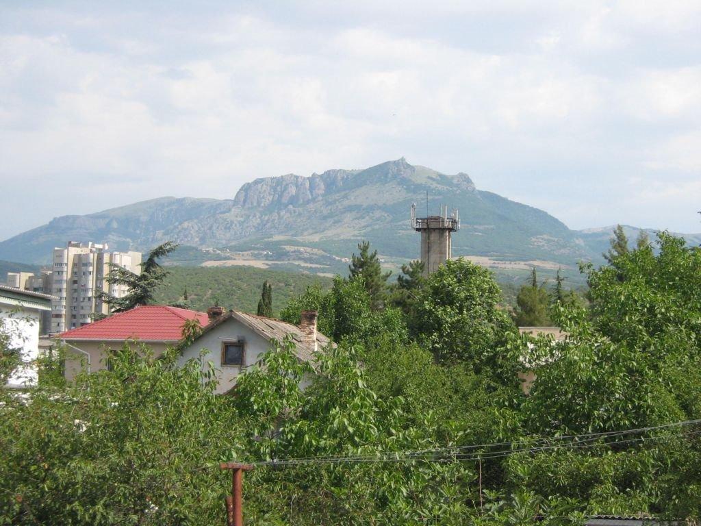 Гора Дерменджи, Алушта