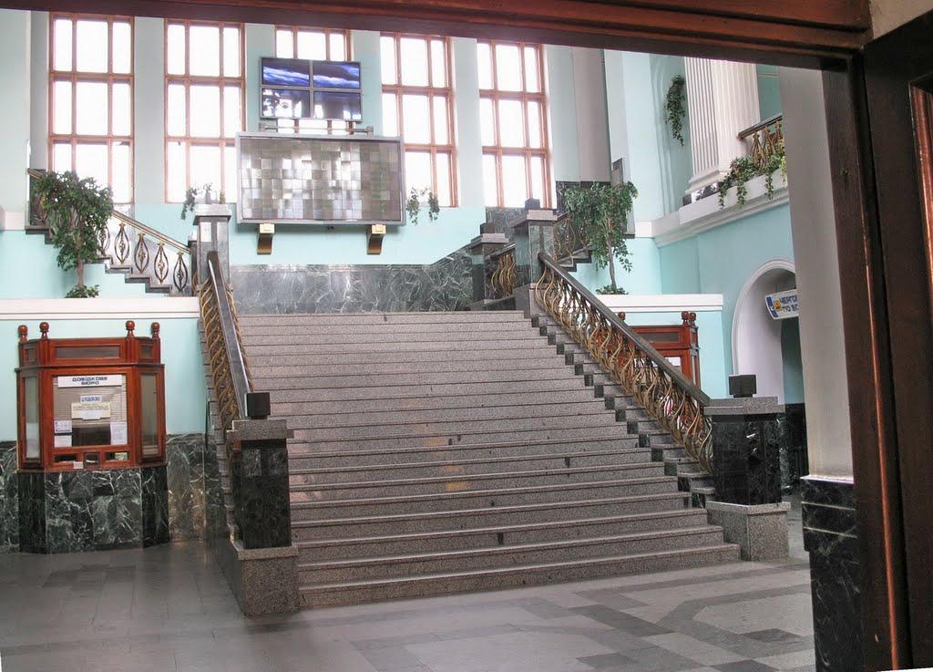 В Тернопольському вокзалі .**, Тернополь