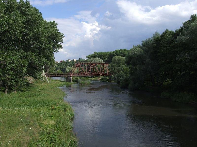 Seret river and railway bridge near Chortkiv, Чортков