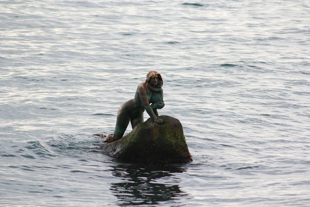 Русалка с младенцем, Кореиз